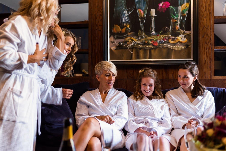 Bridal prep at Hotel Du Vin Edinburgh