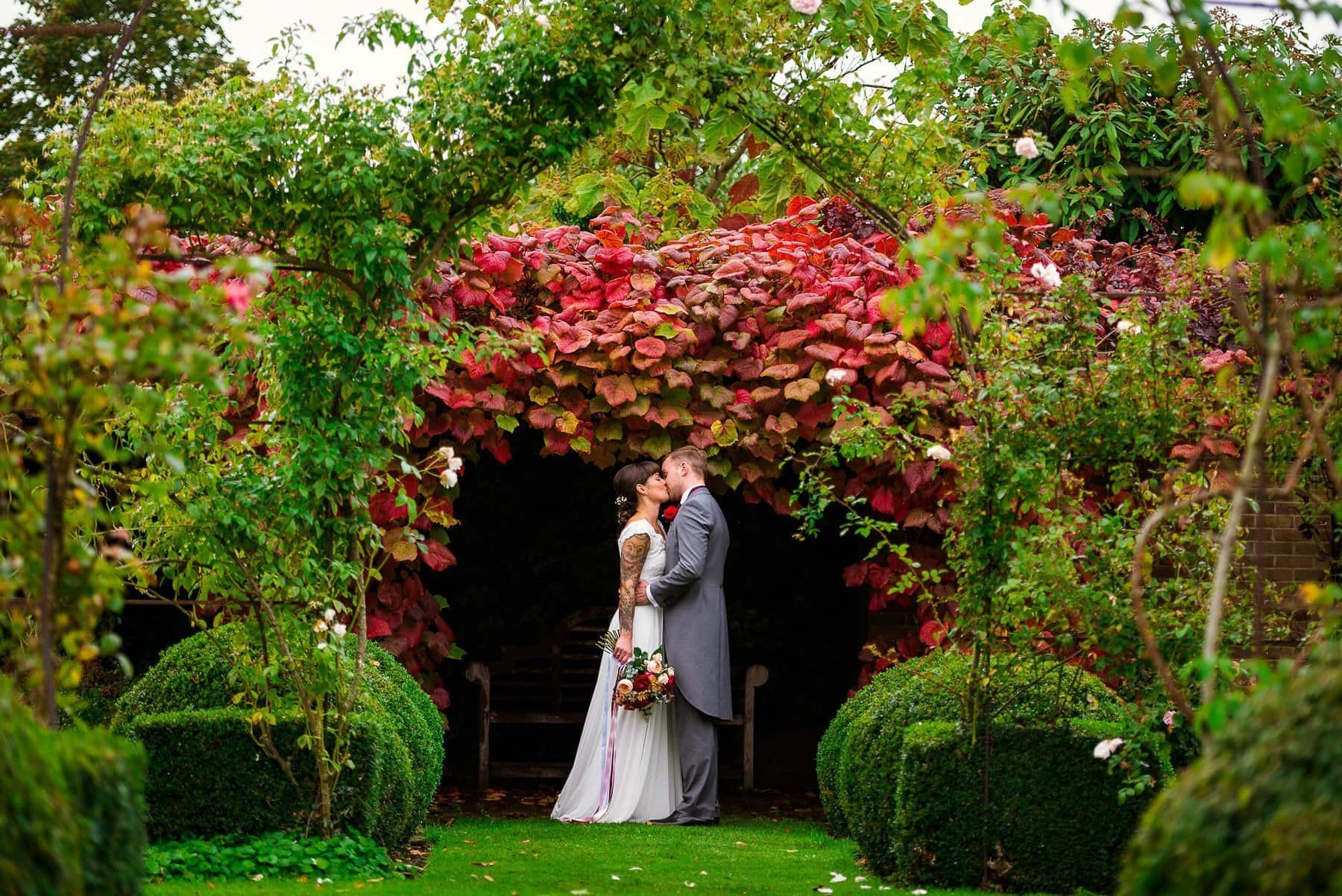 Elms Barn Wedding Photography By Andrew Kahumbu